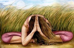 Een Vrouw Die Mediteert Want Ze Wil Geen Wrok Koesteren