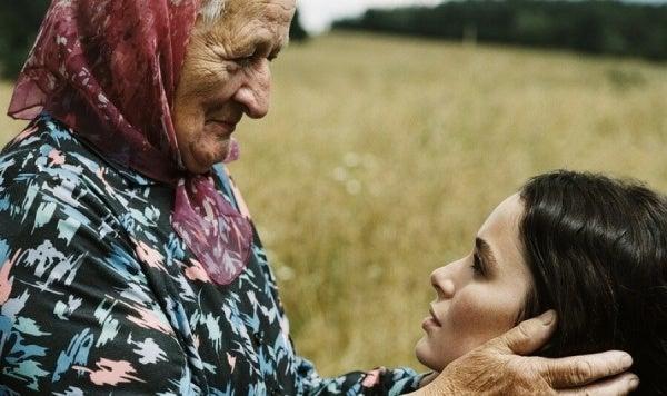 De emotionele erfenis van oma's, de wijste vrouwen