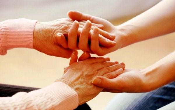 De zorg: een vorm van liefde die niet altijd voldoende erkenning krijgt