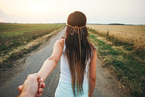 Met iemand aan je zijde kom je verder
