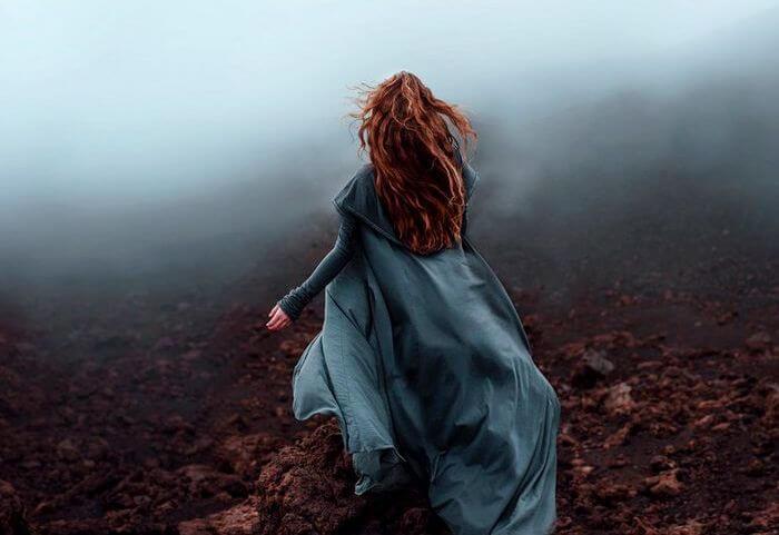 Vrouw in de Mist