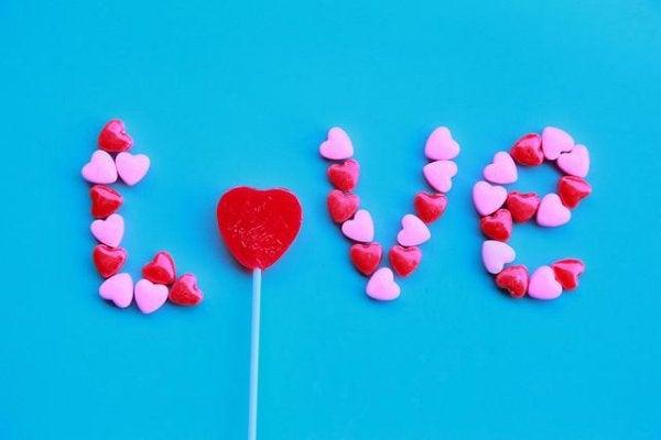 Wat gaat er schuil achter onmogelijke liefde?