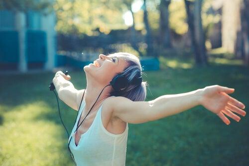 Muziek: geluidsgolven die de lucht, en ons gevoel, in beweging brengen