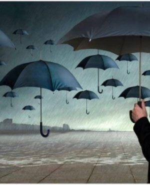 Man Met Een Zwarte Paraplu Die Omringd Wordt Door Zwarte Paraplu's En Een Onzekere Persoon Is