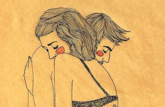 Man En Vrouw Die Elkaar Knuffelen Die Bij Zichzelf Denken Wat Doen Gelukkige Mensen Anders