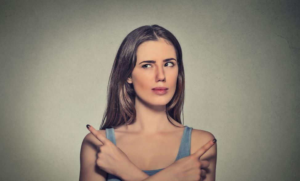 Een Meisje Dat Niet Weet Welke Kant Ze Op Moet En Daardoor Lijkt Op De Ezel Van Buridan