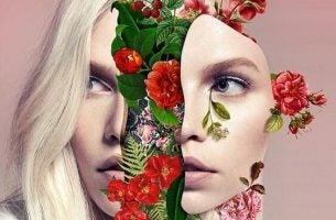 Vrouw wiens gezicht in tweeën is gesplitst en in het midden groeien allemaal bloemen