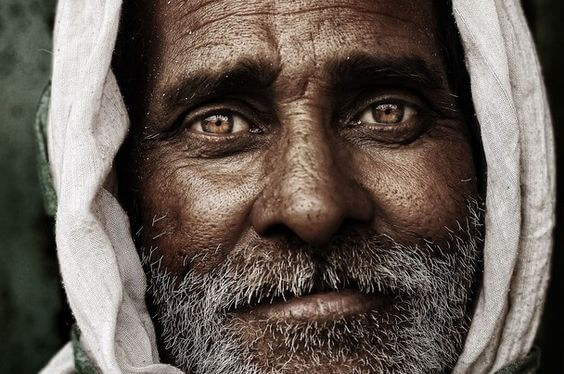Een Oudere Man En Zijn Ogen Spreken Voor Zich