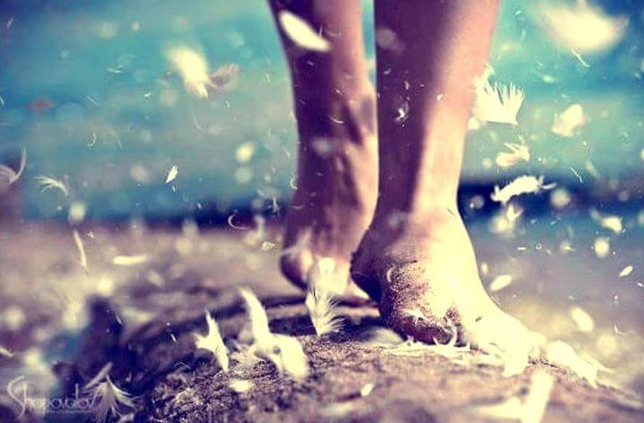 Lijden heeft mij geleerd om sterker te zijn en met mijn blote voeten overal overheen te lopen