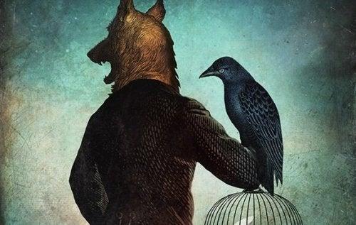Man met het hoofd van een wolf houdt een kraai vast.