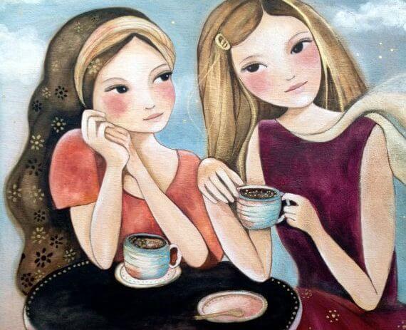 Twee meiden die na een van hun toevallige ontmoetingen koffie zijn gaan drinken