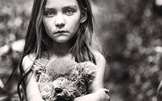 Achtergelaten in de hoek: vergeten kinderen