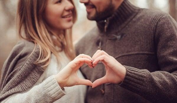 Wil je je relatie sterker maken? We geven je vijf tips