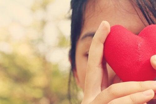 Vijf tekenen die erop wijzen dat je niet van jezelf houdt