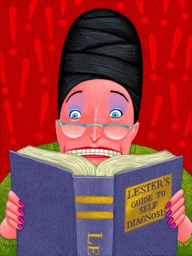 Hypchondrische vrouw die van alles leest in een boek over ziekten