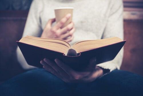 Lezen om je blik te verruimen en onwetendheid te bestrijden