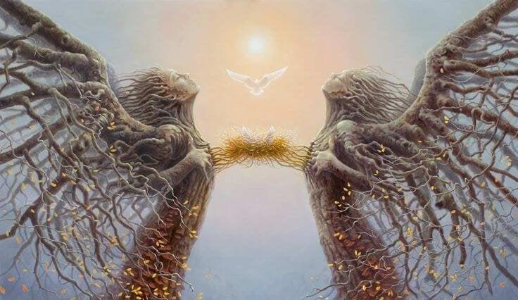 Engelenbomen met elkaar verbonden door middel van duivennest
