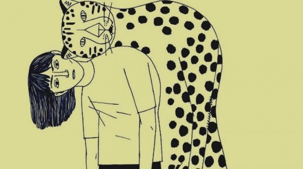 Vrouw die een giftige vriendschap heeft met een luipaard