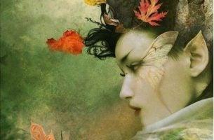 Vrouw die omringd wordt door natuur