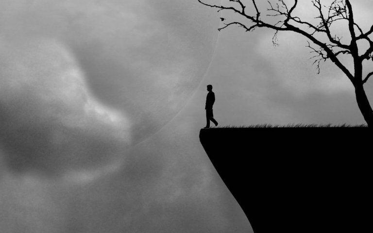 Man aan de rand van de afgrond, het gevoel als routine beperkend wordt