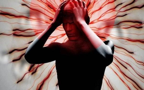 Man wiens hoofd op barsten staat als voorbeeld voor mensen met chronische pijn