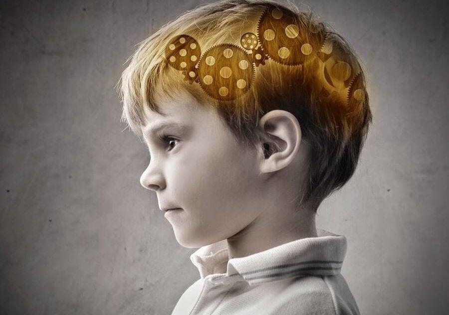 Jongetje wiens onderbewustzijn is weergegeven als een mechanisme