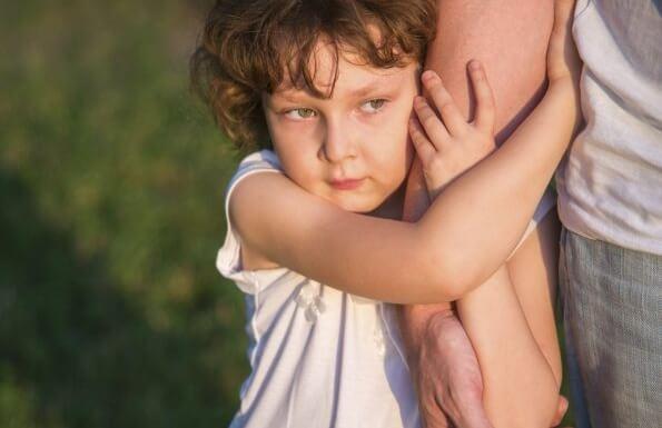 Het verschil tussen verwende kinderen en kinderen onbekwaam maken