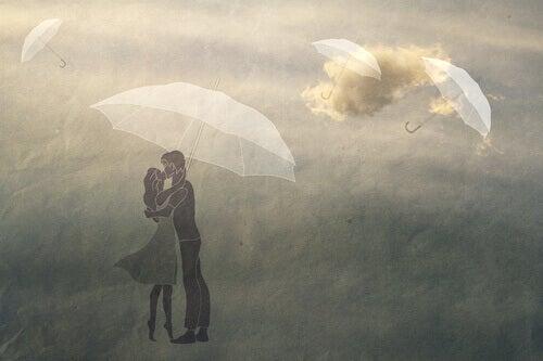 Twee mensen die elkaar zoenen en leren liefhebben