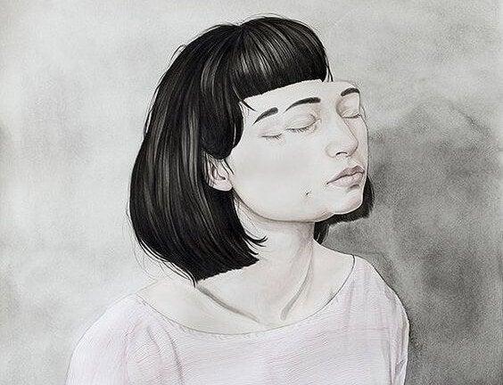 Meisje met een dubbel gezicht die haar ogen sluit voor haar emotionele geremdheid