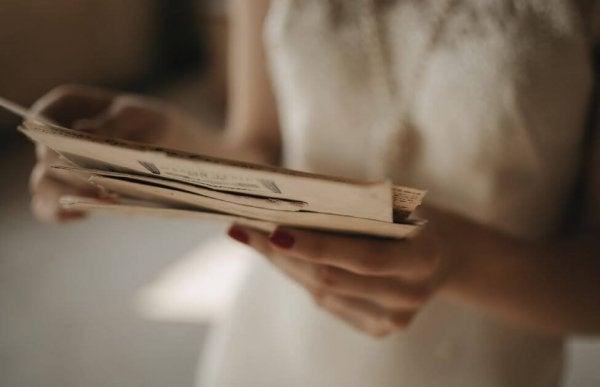 De verrassende brief die een moeder in de la van haar tiener vond