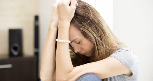 Chronische vermoeidheid – symptomen, oorzaken en behandelingen