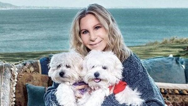 Barbara Streisand met haar honden