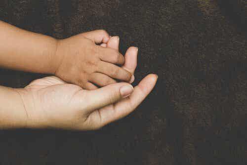 Hechting bij geadopteerde kinderen