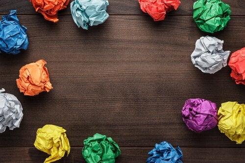 Gekleurde propjes papier: creatiever zijn