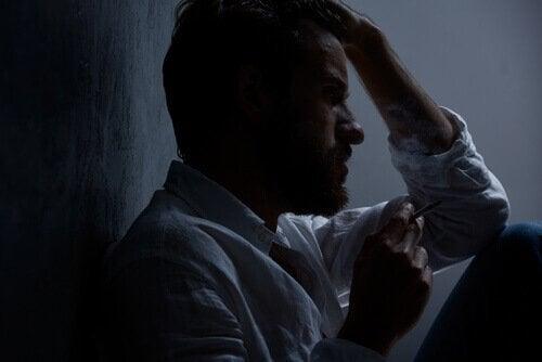 Man met drugsverslaving dealt met angstgevoelens