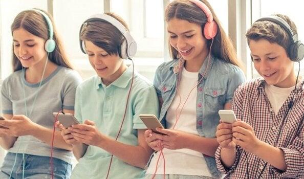 5 enge dingen die de smartphone-generatie met elkaar gemeen heeft