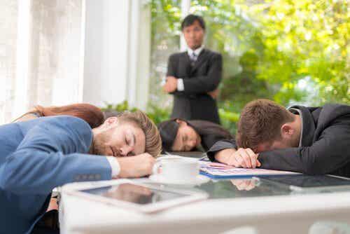 Sociale luiheid en hoe je het vermijdt
