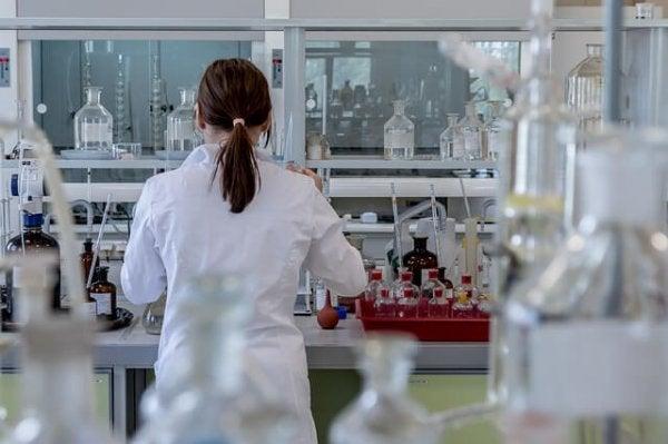 Vrouwelijke wetenschapper die misschien wel slachtoffer is van het Matilda-effect