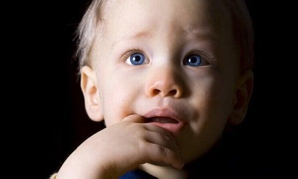 Kinderen met depressie: onbekend, verward en vergeten