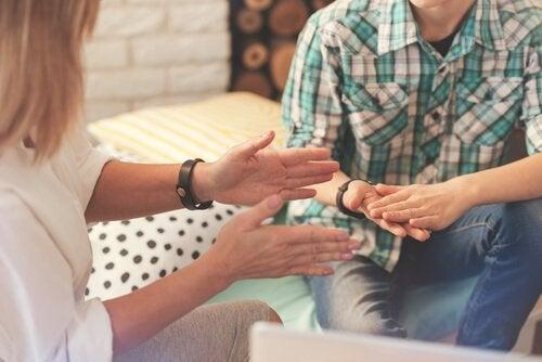 Psycholoog en patiënt: overdracht en tegenoverdracht.