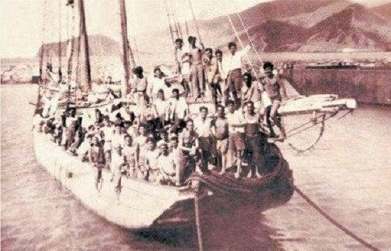Een boot vol vluchtelingen