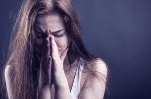 Vrouw met verslaving