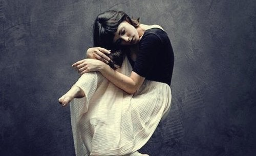 Je emoties verbergen eist zijn tol