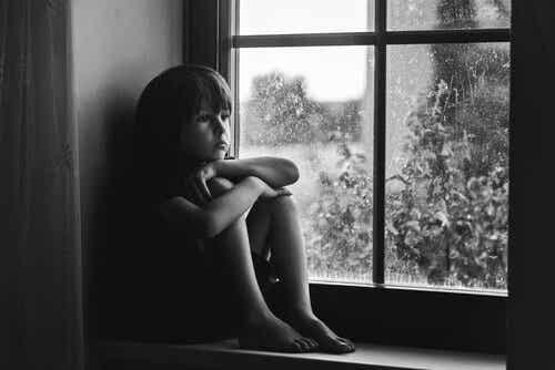 3 tekenen van gebrek aan affectie bij kinderen
