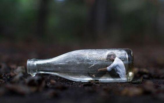 Man in een fles