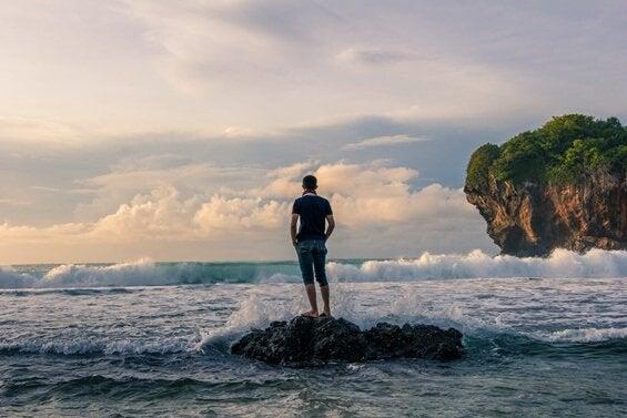 Man op een rots
