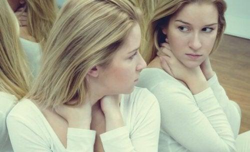 Zeven verschillen tussen zelfvertrouwen en ego