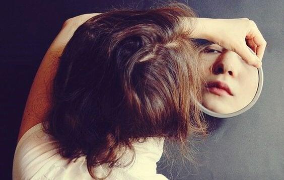 Verborgen tekenen van verdriet die je moet kennen