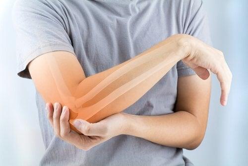 Reumatoïde artritis: symptomen, oorzaken en behandeling