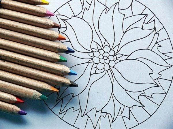 Mandala met kleurpotloden